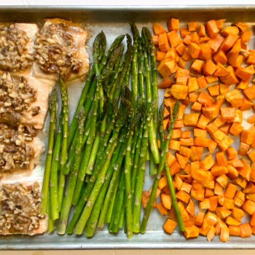 Sheet pan salmon with asparagus and sweet potatoes